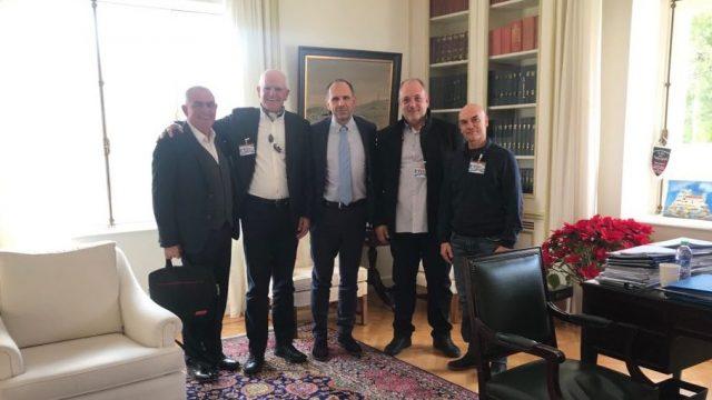 Συνάντηση του Πανελλήνιου Συνδέσμου Εκμισθωτών Θαλασσίων Μέσων Αναψυχής με τον Υπουργό Επικρατείας, κ. Γεώργιο Γεραπετρίτη